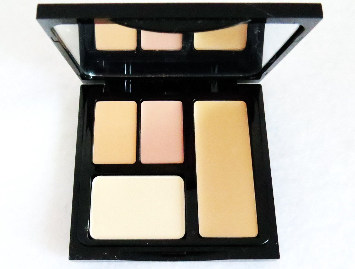 Bobbi Brown Face Touch-up Palette: Beige