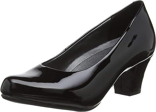 Angelica Closed Toe Heels