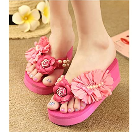 a205befe24e7 Amazon.com  KAKA(TM Women s Fashion Rhinestone Glitter Studded Crystal  Flower Thong Sandals Flip Flops Sandals¨Rose red-9  Home   Kitchen