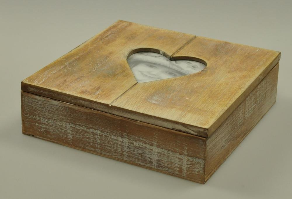 Amazon.de: Rivanto Holz-Geschenkbox mit Herz-Bilderrahmen, Fotobox ...