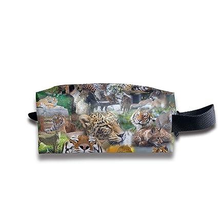 33a5b28e0d34 Amazon.com: TR2YU7YT Travel Makeup BagCute, Wildlife, Zoo Animals ...