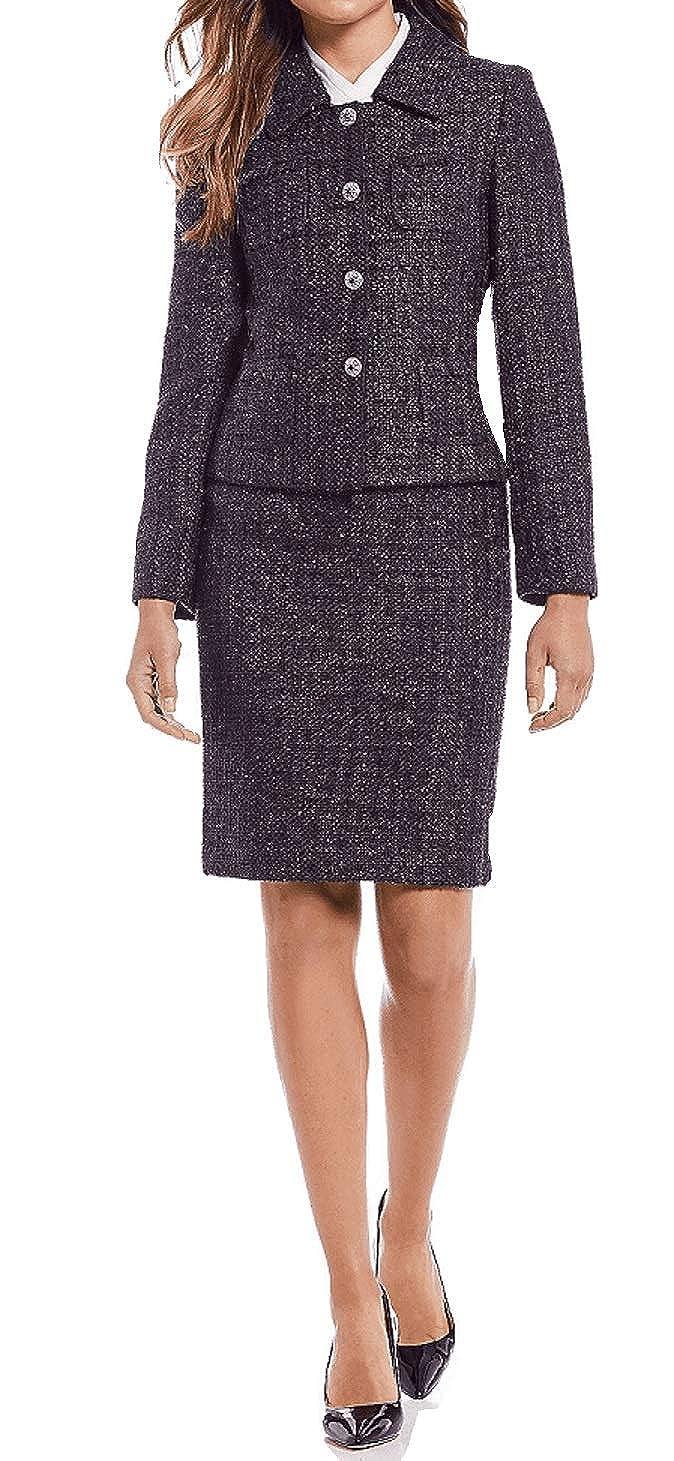 1d3f302634 Amazon.com  Tahari by Arthur S. Levine Womens Four-Pocket Boucle Jacket  Purple Metallic  Clothing