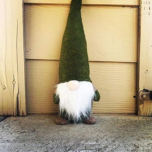 7ProductGroup Handmade Christmas Gnome Ornaments For Men, Women & Kids | Well Crafted Mini Figurines Set For Home Décor, New Year's Eve Parties, Personalized Gifts, Table Centerpieces, Garden & More]()