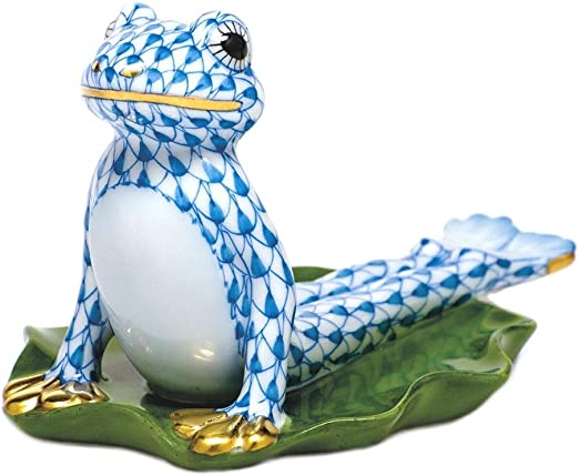 Amazon.com: Herend Figura Yoga rana en Cobra Pose Azul ...