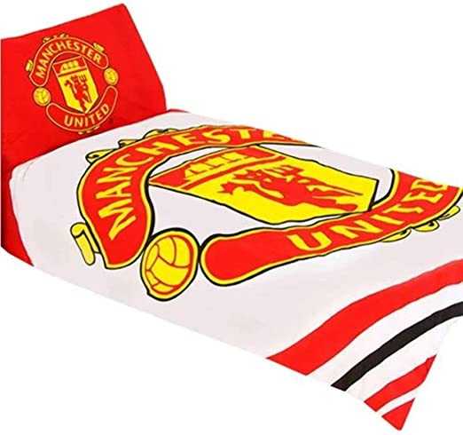 Amazon Com Manchester United Pulse Reversible Single Duvet Quilt Cover Set Home Kitchen