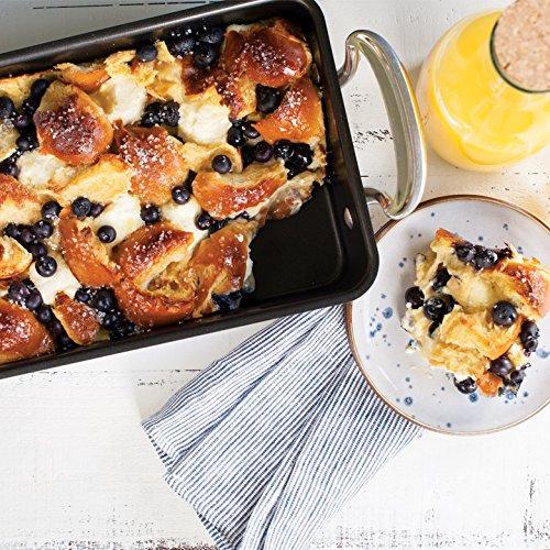 Nordic Ware Oven Essentials Medium Roaster