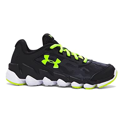 da0165c4d9bba Amazon.com | Under Armour Boy's Micro G Spine Disrupt Running Shoe ...