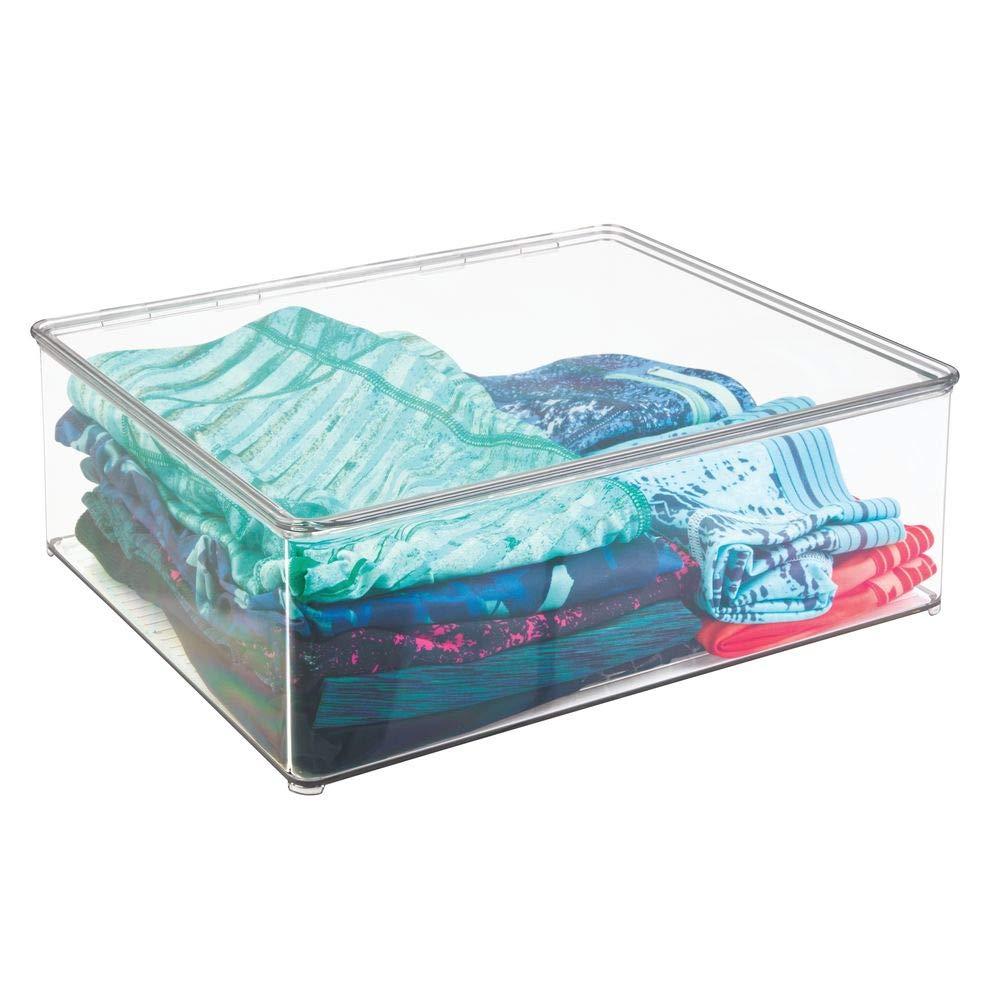 transparente mDesign Juego de dos cajas para guardar ropa Cajas apilables para ropa y m/ás Cajas de pl/ástico con tapa para el armario Contenedores de pl/ástico de 12,7 cm de altura