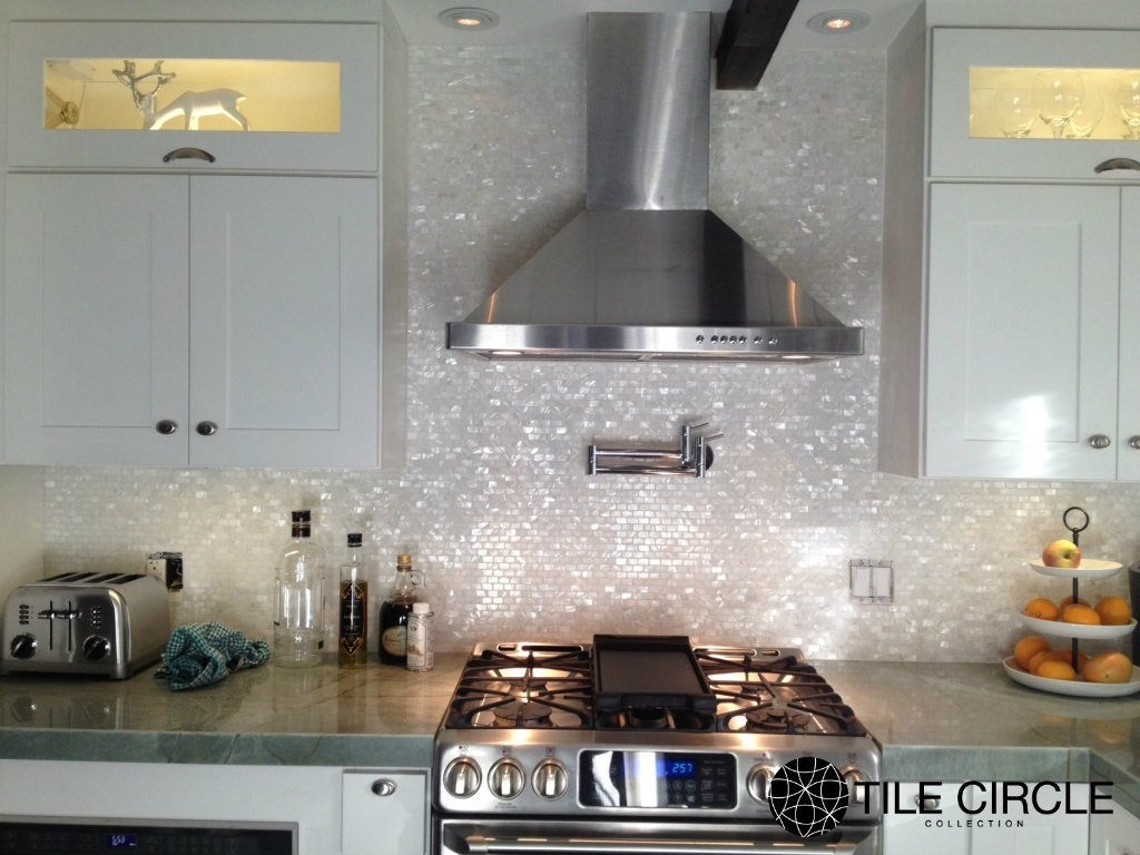 Amazon genuine mother of pearl shell tile white 58 x 1 amazon genuine mother of pearl shell tile white 58 x 1 minibricks on a 12 x 12 mesh for backsplash and bathroom walls and floors home kitchen dailygadgetfo Images