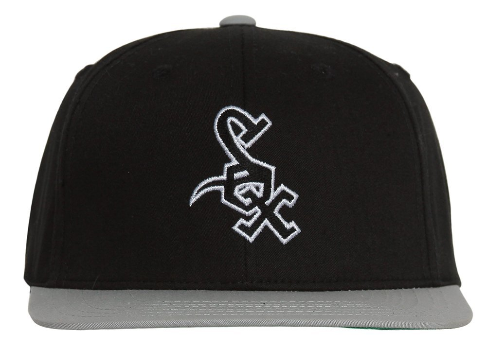 3ac393dc75b1f Amazon.com   MLB Chicago White Sox Black Gray 2 Tone Retro Snapback Cap    Sports Fan Baseball Caps   Sports   Outdoors