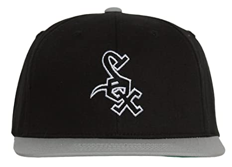 637d3eaf6e0 Image Unavailable. Image not available for. Color  MLB Chicago White Sox  Black Gray 2 Tone Retro Snapback Cap