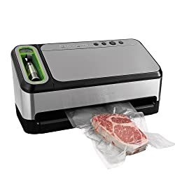 Food Saver 4840 2-in-1 Vacuum Sealing System with Bonus Built-In Retractable Handheld Sealer