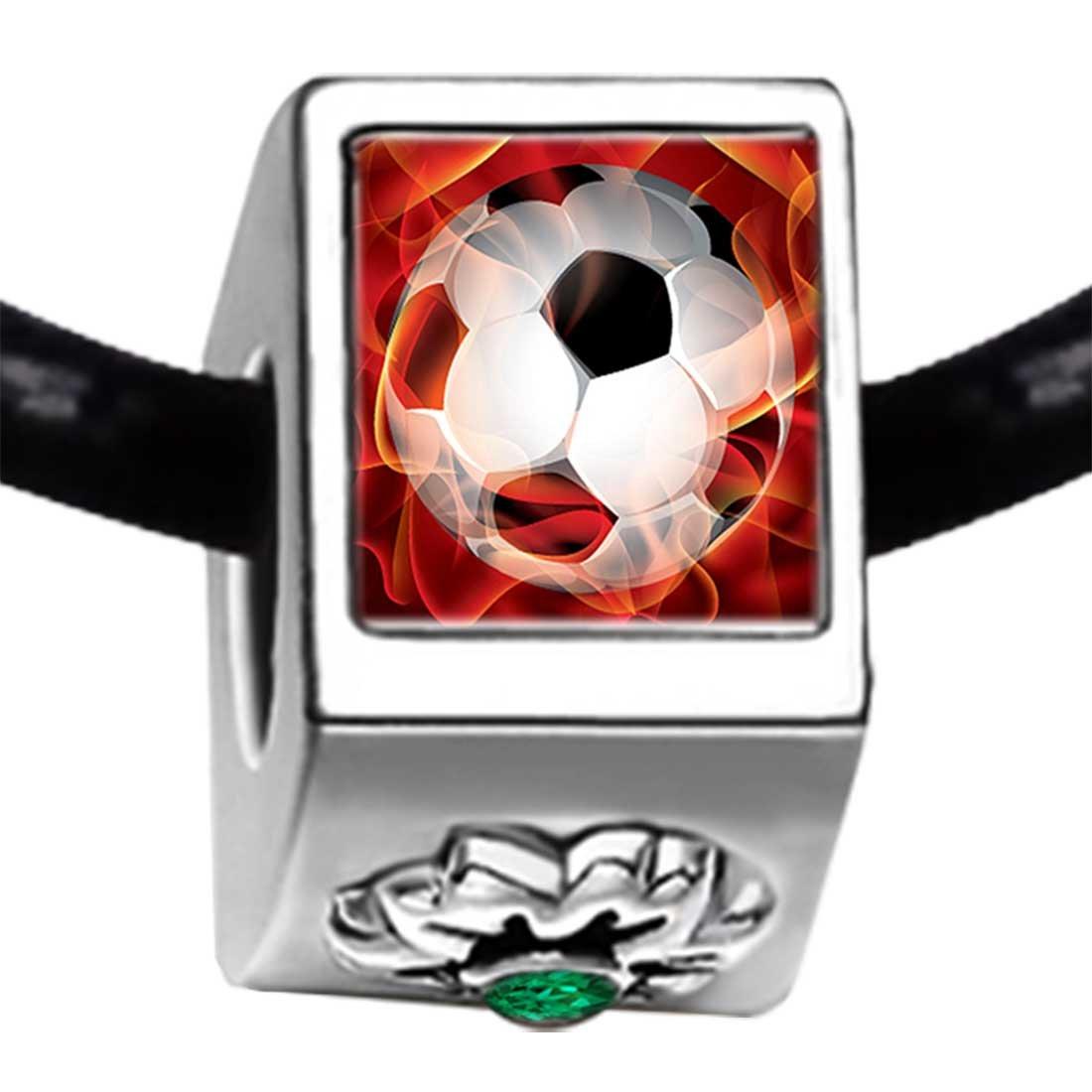 UEFA Euro 2012 balón de fútbol energía Esmeralda Verde de cristal ...