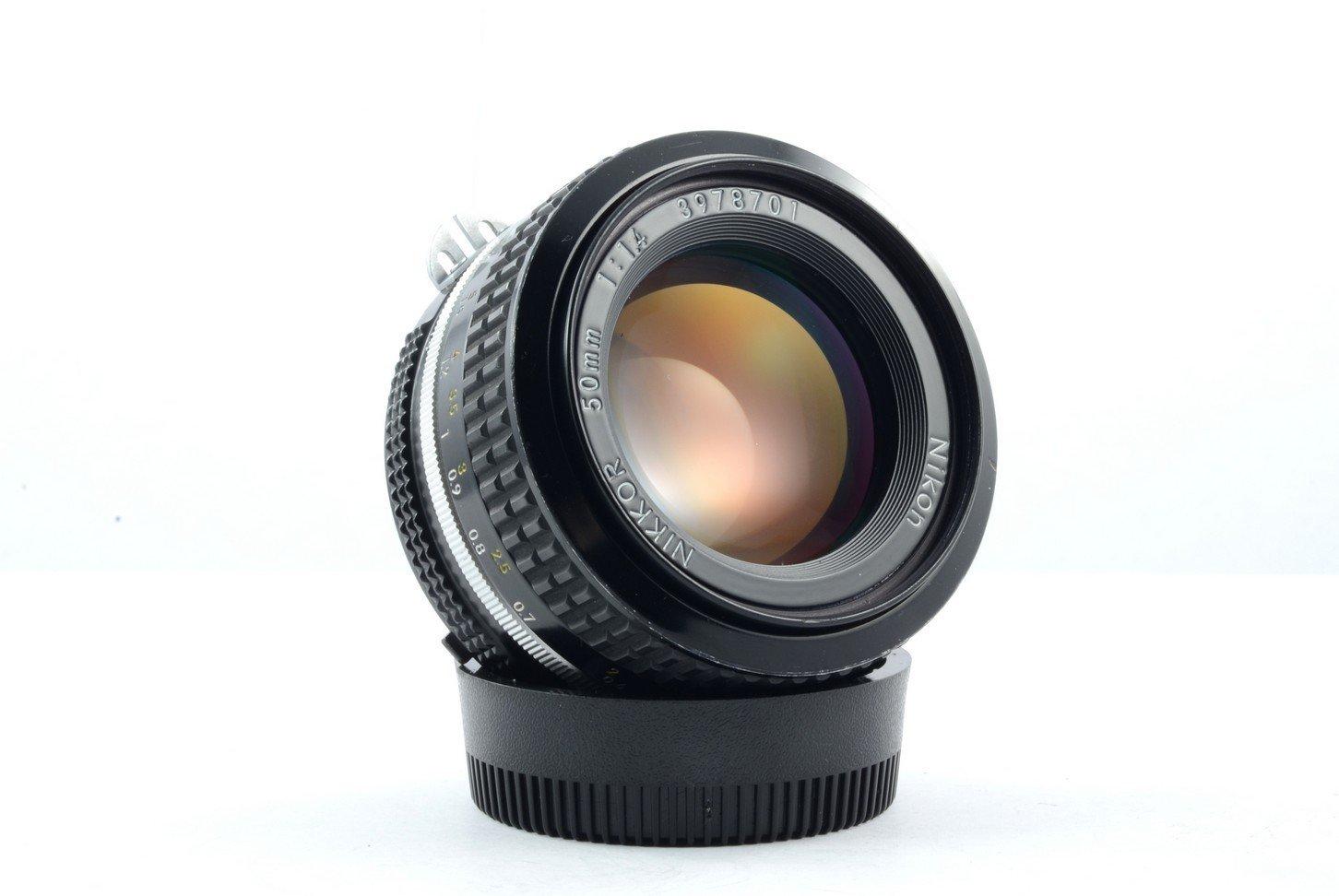 Nikon AIマニュアルフォーカスレンズ50 mm f / 1.4 F1 . 4   B004H3YG42