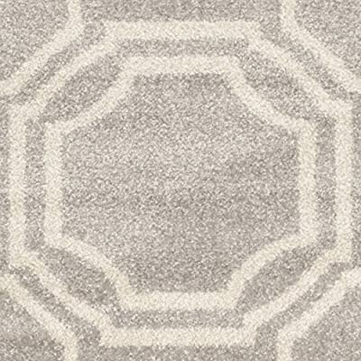 Safavieh Amherst Collection AMT411A Ivory and Light Green Indoor/ Outdoor Area Rug