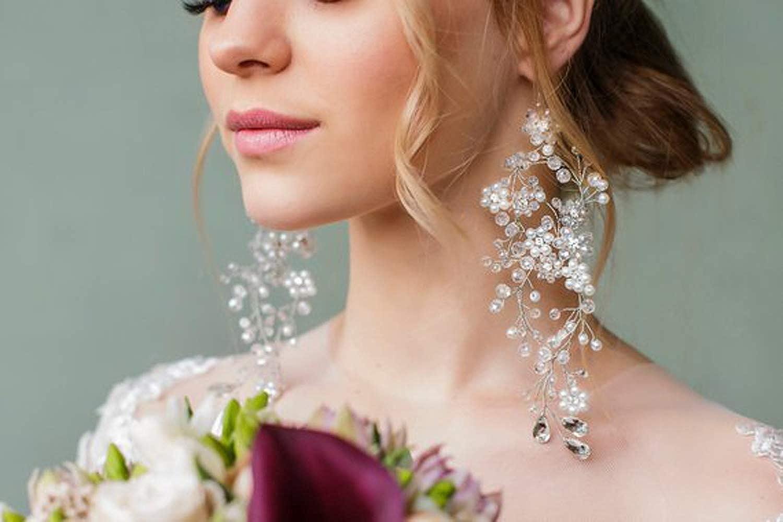bridal earrings Dramatic earrings Silver flower earrings dangle silver flower earrings large flower earrings Flower Statement earrings