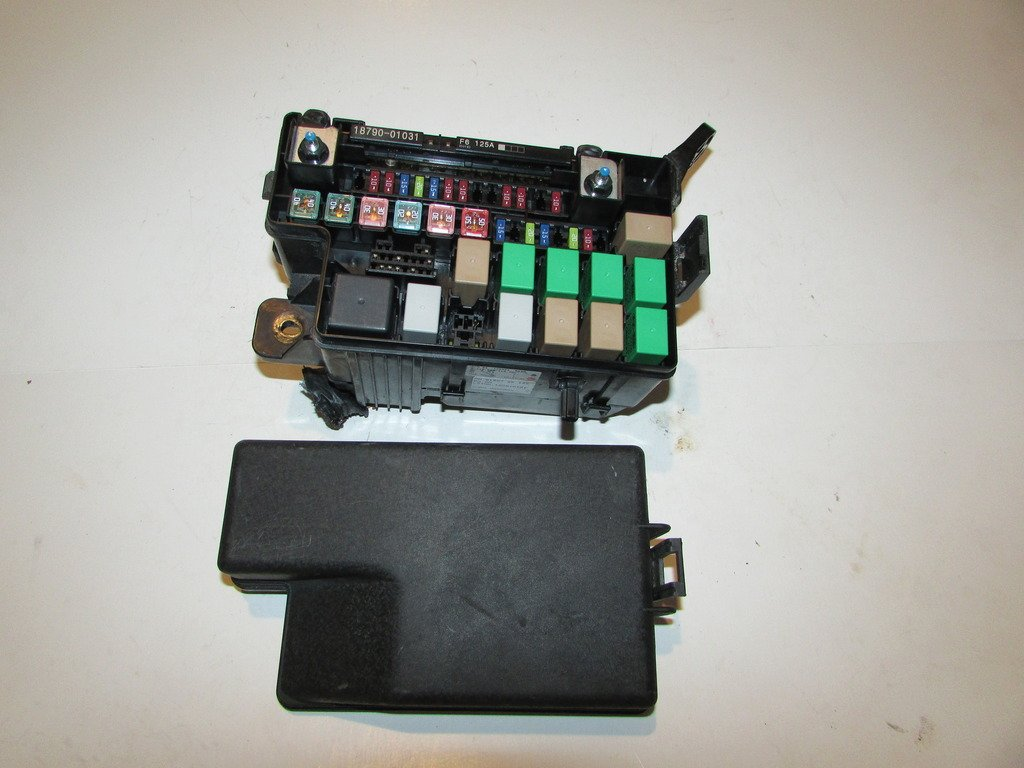 Amazon.com: 12-13 Kia Soul 1.6L Under hood Relay Fuse Box Block Warranty  #1833: Automotive