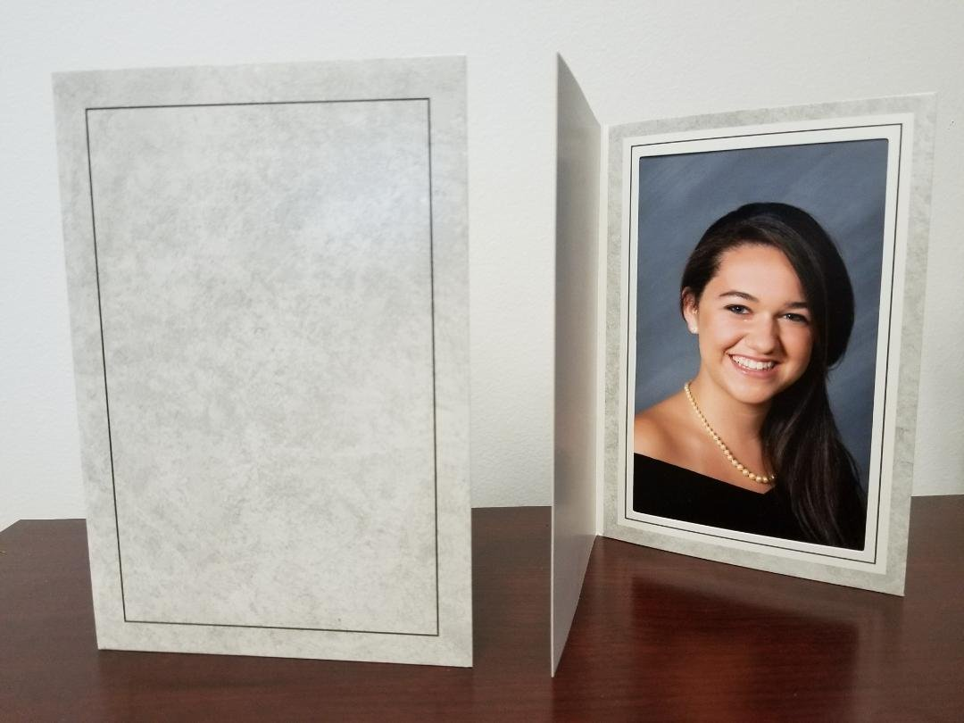 4x6'' GRAY MARBLE PHOTO FOLDER (400 PACK). Traditional grey cardboard paper picture frame for 4x6 vertical portrait prints. Perfect for school pictures, event photography and photo booth.