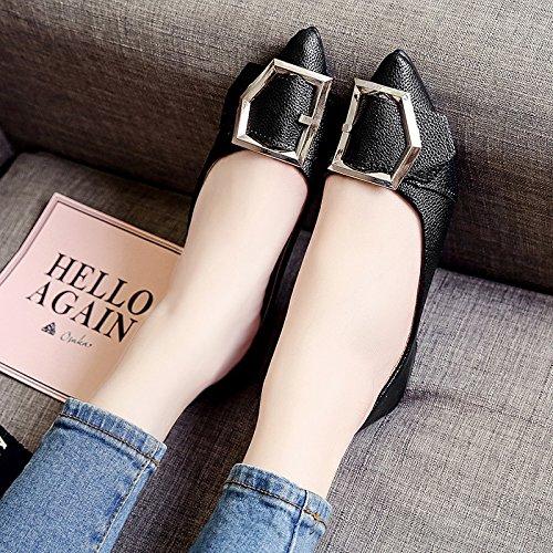 RUGAI-UE Las mujeres Verano señaló zapatos planos cómodos zapatos de hebilla de metal Black