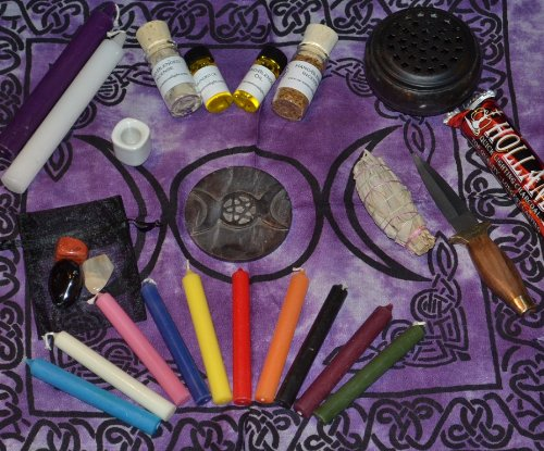 Witch Altar (Goddess Altar set with Hand-Blended Herbs)