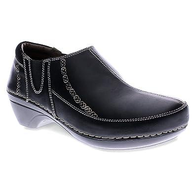 Nessia Women Round Toe Leather Clogs