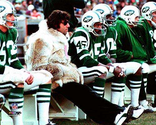 Joe Namath Photo (Joe Namath wearing fur coat - 16x20 NFL Photo Poster (NY Jets))
