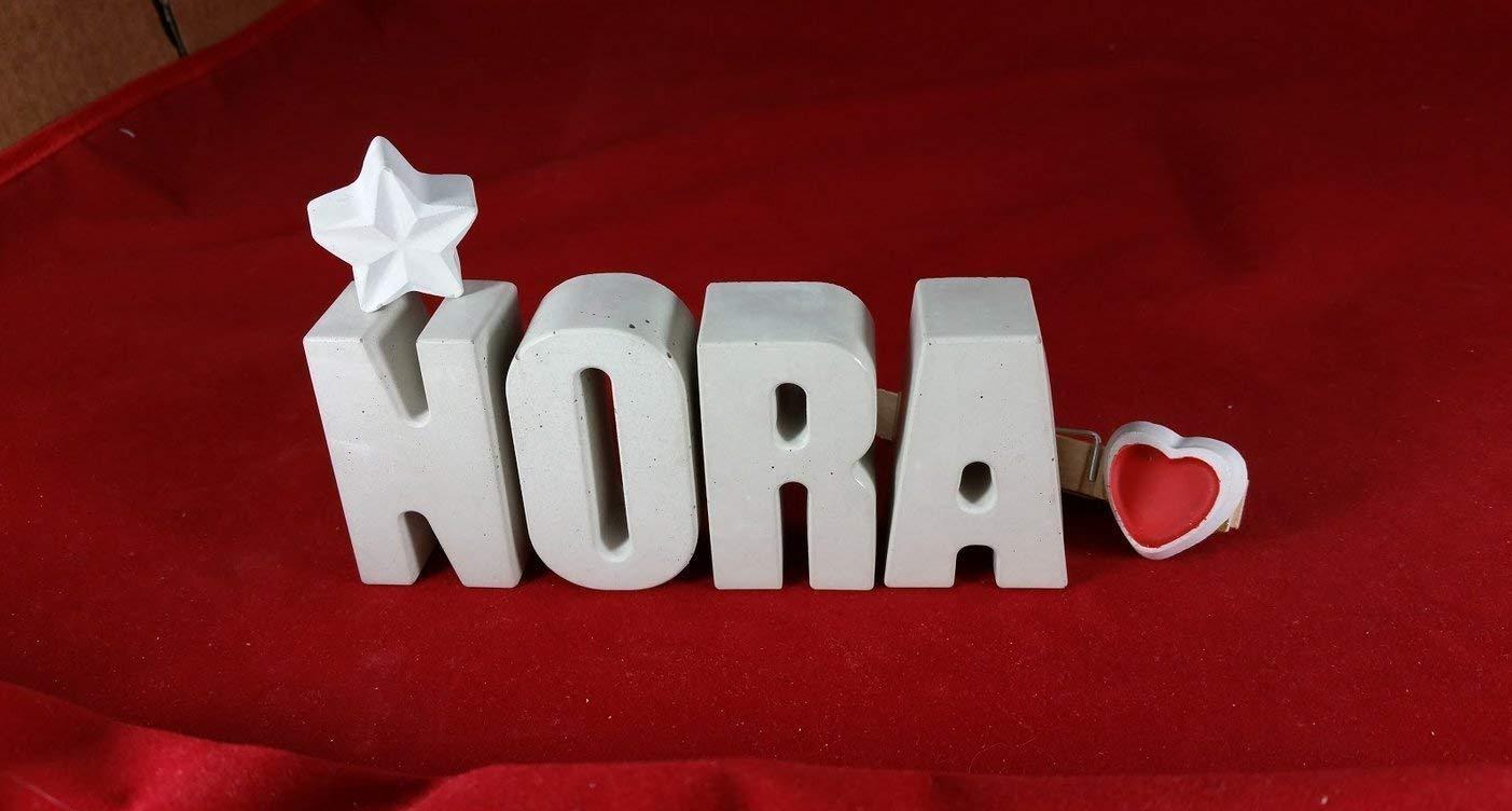Beton, Steinguss Buchstaben 3 D Deko Schriftzug Namen NORA als Geschenk verpackt! Ein ausgefallenes Geschenk zur Geburt, Taufe, Geburtstag, Namenstag oder auch zu anderen Anlä ssen.