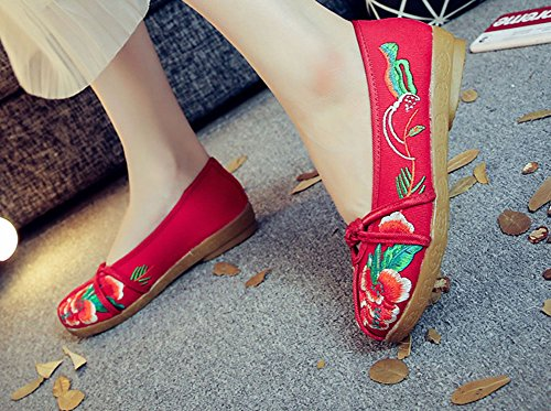 Avacostume Womens Embroidery Flats Casual Mocassino Slip-on Rosso