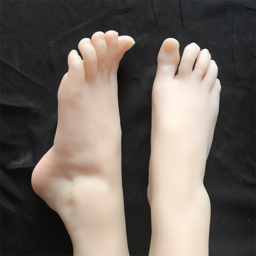 Oxcellent Lifisize 1:1 Silicone Feet Model Ballerina Simulation 1 Pair Left& Right Photo Shoes Model MWIMBEIWM