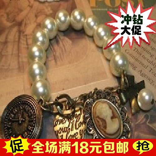 Ja and South Korea jewelry sweet retro texture bracelet multi-element Queen pearl bracelet Europe and America trade deals
