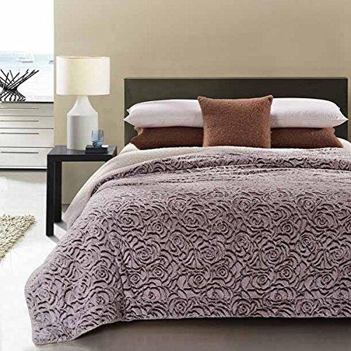 20 Lakes Luxurious Plush Gray Rose Garden Throw Blanket