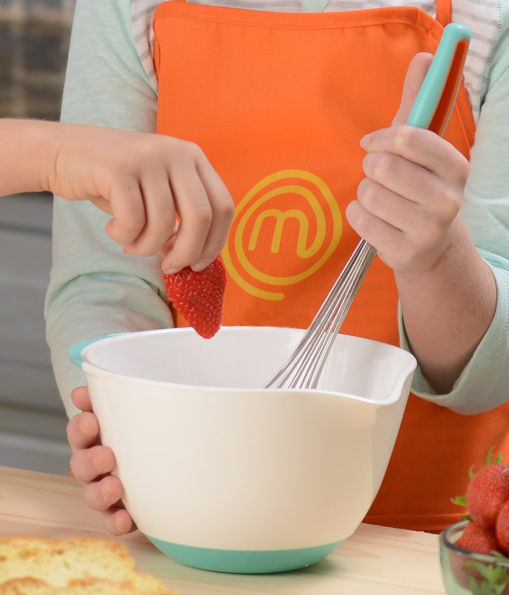 MasterChef Junior Breakfast Cooking Set - 6 Pc Kit Includes Real Cooking Tools for Kids and Recipes by MasterChef Junior (Image #3)