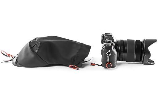 5 opinioni per Peak Design Shell- camera raincovers