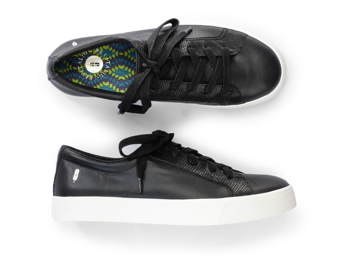 REVITALIGN Women's Alameda Sneaker 6 Black by REVITALIGN