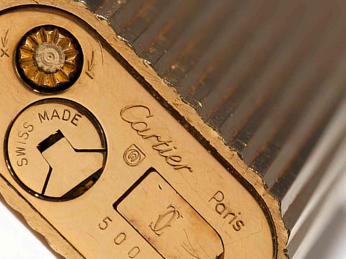 0e5ddbd2c4 Cartier Accendino Dame Accendino a gas Lighter Gold meisterpunze plaqe or  G: Amazon.it: Casa e cucina