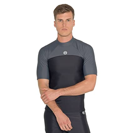 a79f7149732 Amazon.com  Fourth Element Thermocline Short Sleved Top  Sports ...
