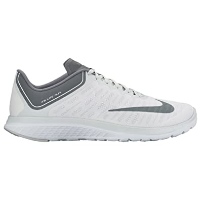 check out 8e3ac 9719c Amazon.com   Nike FS Lite Run 4 White Cool Grey Pure Platinum Mens Running  Shoes   Road Running