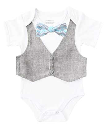 13806995ee32 Amazon.com  Noah s Boytique Baby Boys Vest and Bow Tie Outfit Baby ...