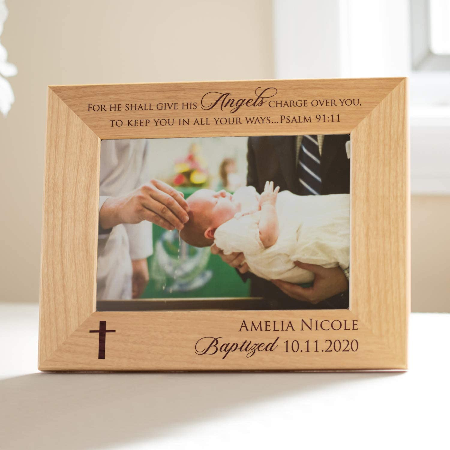 "Engraved Cross 6/""x4/"" Picture Gift Personalised Christening Photo Frame Silver"
