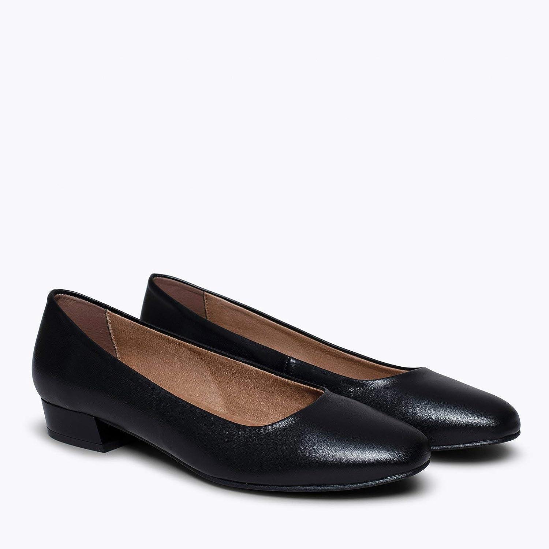 Zapatos miMaO. Zapatos de Piel Fabricados en España. Urban XS. Zapato Mujer Tacón Bajo. Manoletina Cómoda con Plantilla Gota Ultra Confort GE Negro UFKDK