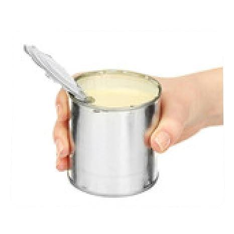 alfombrilla de ratón Mujer de la mano de la lata de leche condensada puede aislado en