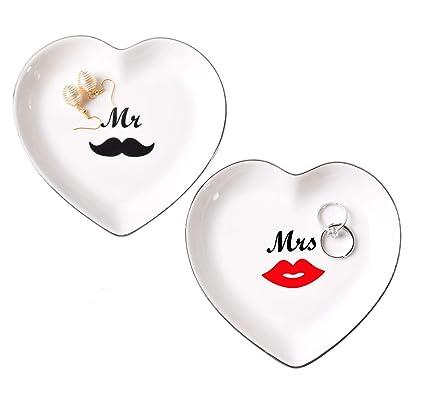 148b7f79e9 Amazon Com Creative Co Op Da4241 Ceramic Heart Ring Dish Home