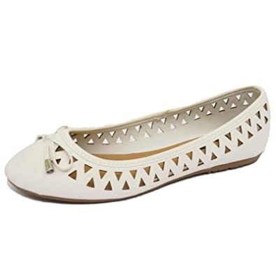 ebd3ae5c8 Ladies Flat White Slip-On Memory Foam Shoes Comfy Ballet Ballerina Pumps  Sizes 4-7: Amazon.co.uk: Shoes & Bags