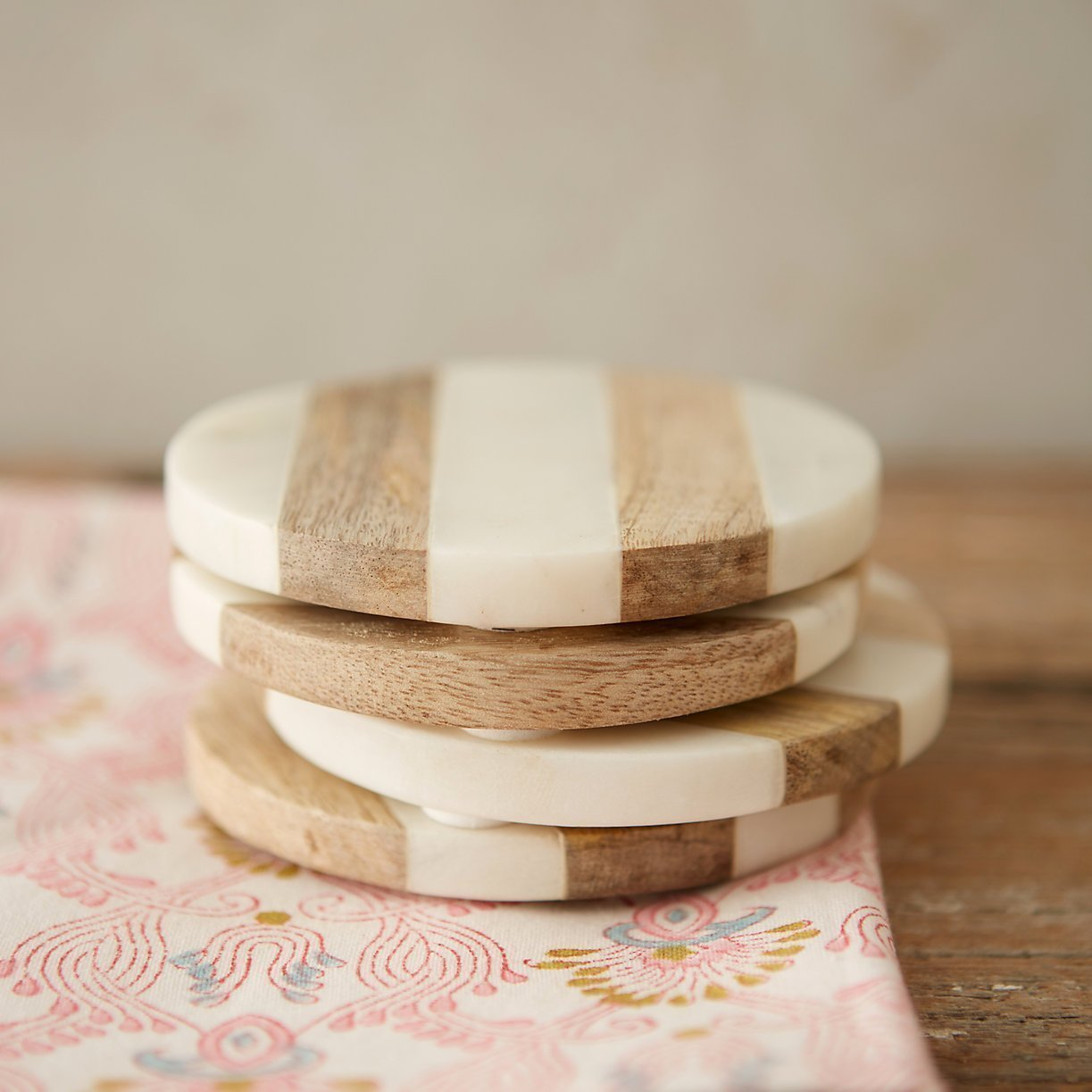 Luxurious Atelier Marble and Wood Set of 4 Coasters, 4 x 4 inches for Drinks, Hot/Cold,Coffee Mugs, Beer Cans,Bar Glasses. Tea Table/Bar coasters