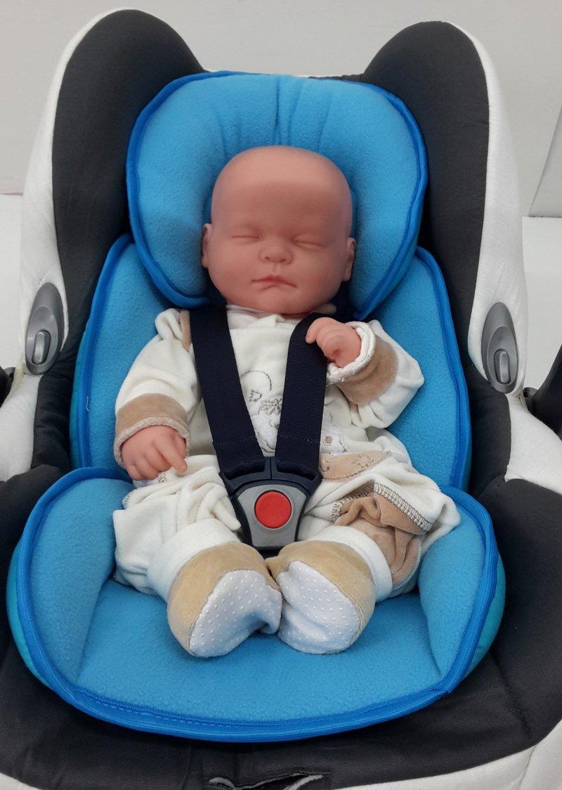 Little Sweetz ** Cosy Soft MAXI ** Cuscino Riduttore universale per seggiolino auto/passeggino, lettino, culla, navicella, sdraietta, altalena o seggiolino auto gruppo 0+ con cinture di sicurezza a 2,3 o 5 punti etc. (Rosa)