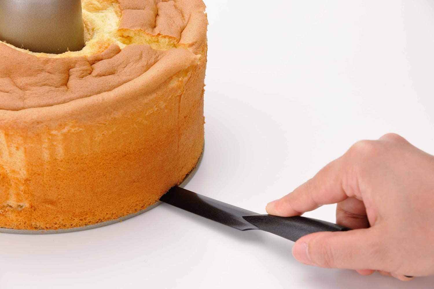 Amazon.com | Chiffon Cake Knife Black: Serving Utensils
