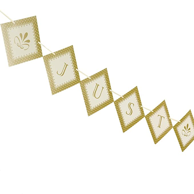 Chic Boutique - Wimpelkette Just Married - ivory/gold 3,5 Meter ...