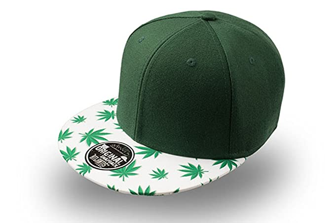 03dcf699d87b2 Gorra visera plana con dibujo de hojas de marihuana. Seis paneles y visera  plana.