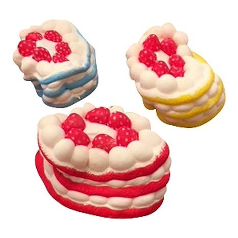 Elevida Squishy Grandes Tartas de Fresa Pack | Slow Rising Jumbo Strawberry Cake Squishies Pack | 3 Colores Rojo Azul y Amarillo | 3 Squishies Gigantes, ...