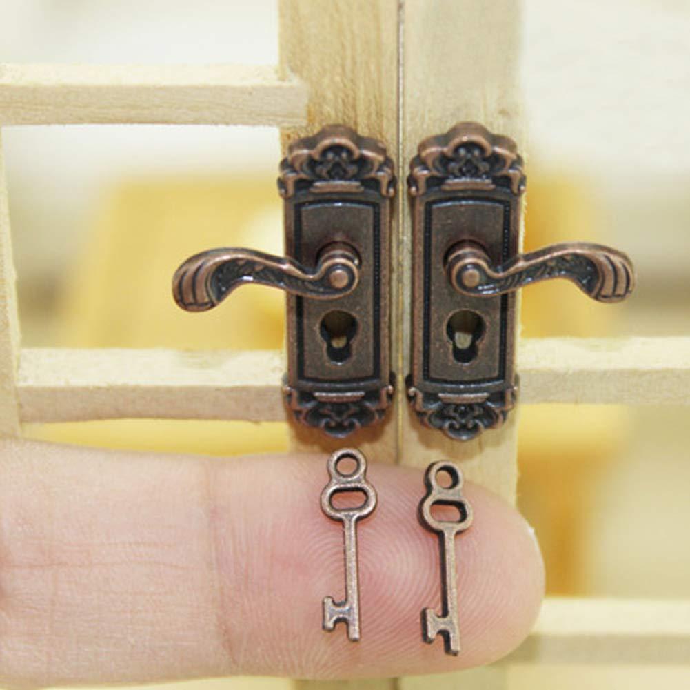 1/coppia 2PCS delicato in miniatura serratura Fancy mini bambole porta manopole Vivid modello giocattolo con lunga maniglia bronzo